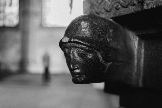 cologne-cathedral-wooden-head