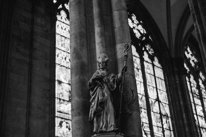 cologne-cathedral-bishop-with-rod