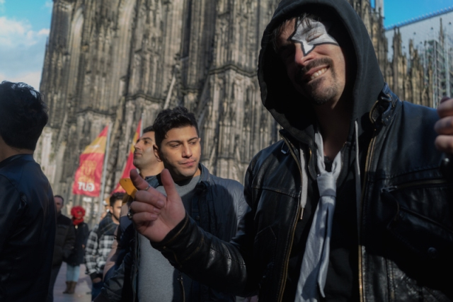 cologne-carnival-cathedral-square-young-guys
