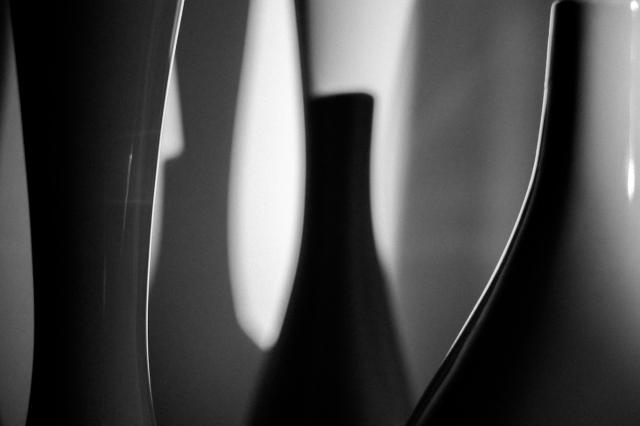 still-vases-living-room-moriy-I