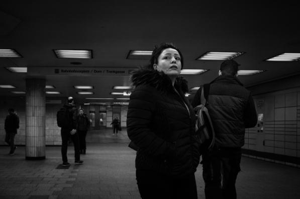 dark-winter-cologne-street-phoptography-fuji-xpro2-7747